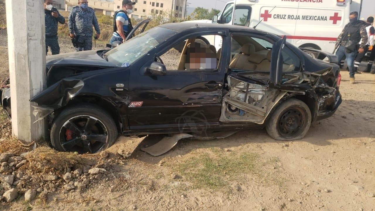 Atacan a balazos a agentes de la PGJEH en Apan; muere 1 sicario